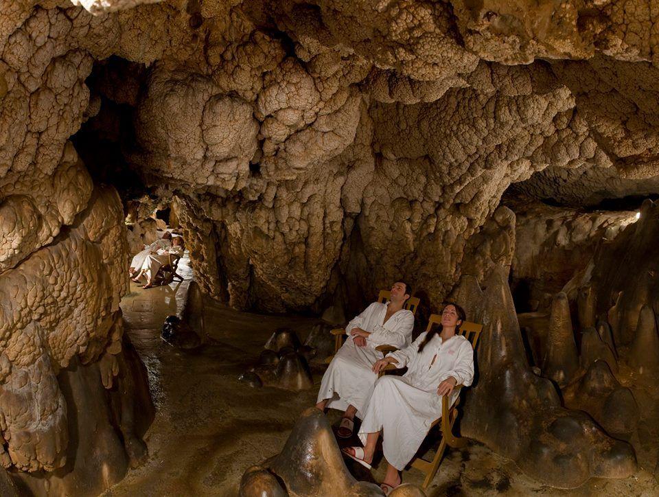 Italian hospitality collection per un romantico san - Grotta giusti piscina inverno ...